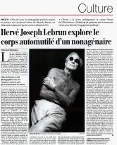 Le Temps — 10/12/1999 — Hervé Joseph Lebrun explore le corps automutilé d'un nonagénaire — Albrecht Becker — Tristan Cerf